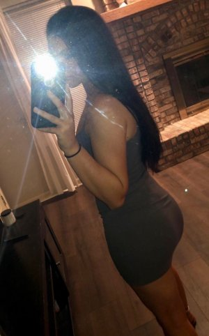 Léa-rose exotic incall escort Mansfield, OH